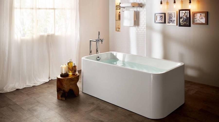 Banheira Element estilo minimalista