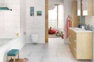Espaço de banho para famílias da Roca