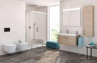 Espaço de banho com divisória Roca