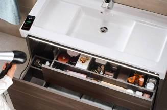 Móvel Stratum-N com colunas Bluetooth®, tomada integrada e iluminação interior
